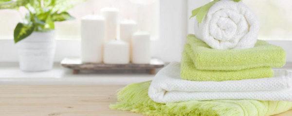 Textiles d'essuyage pour salles de bains